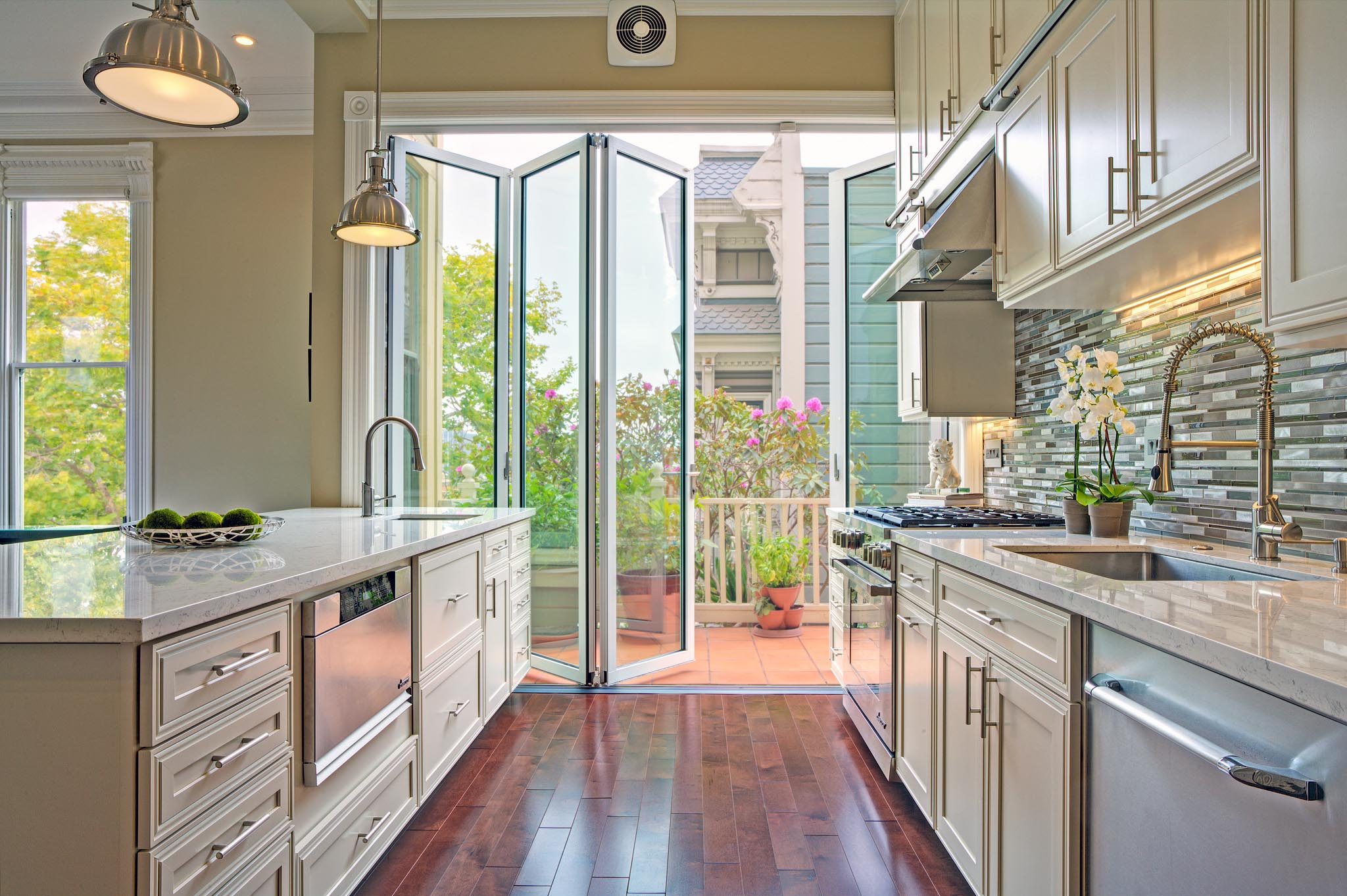 folding glass walls transforms this san francisco painted lady traditional home