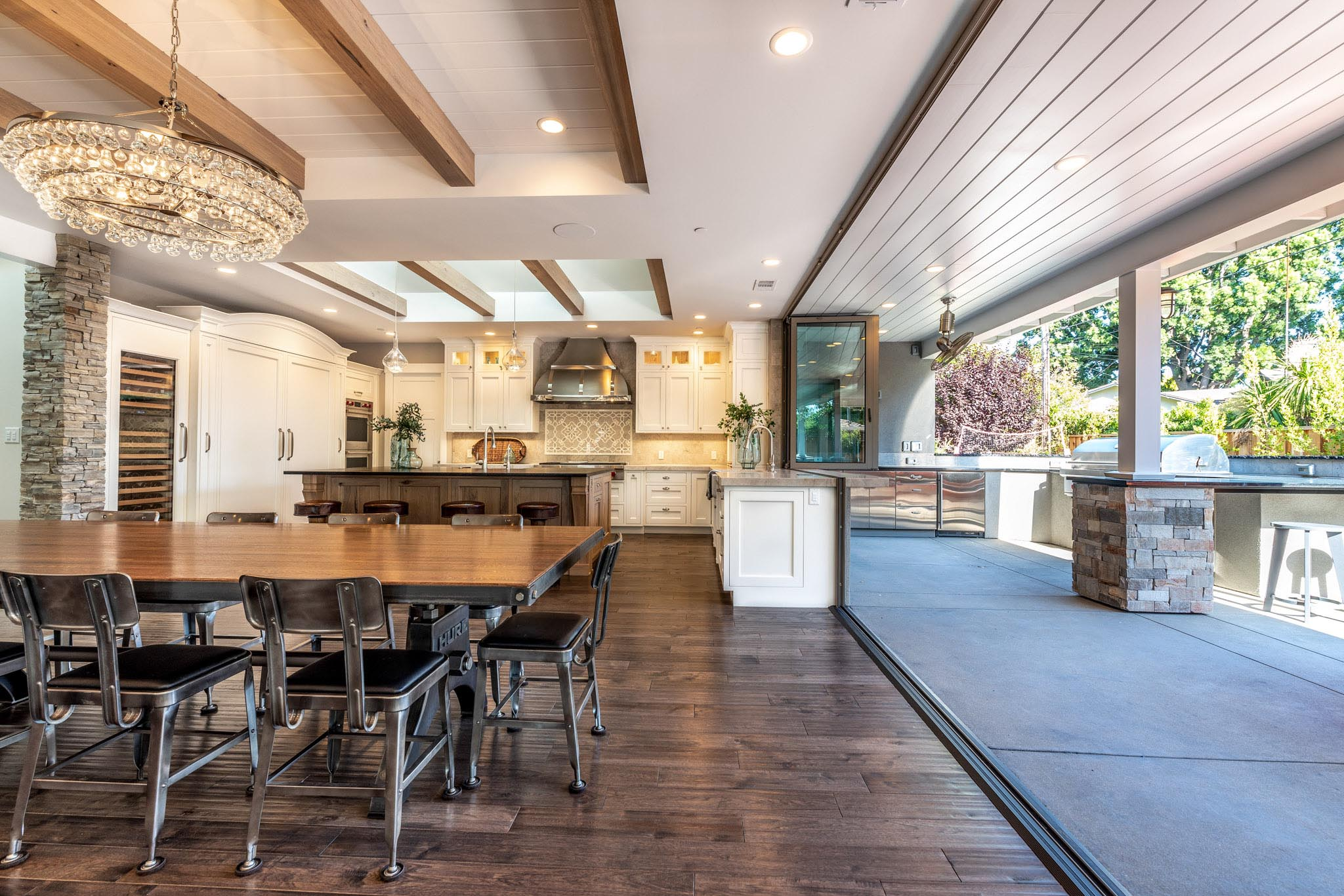 indoor/outdoor kitchen renovation ideas from luxurious home design