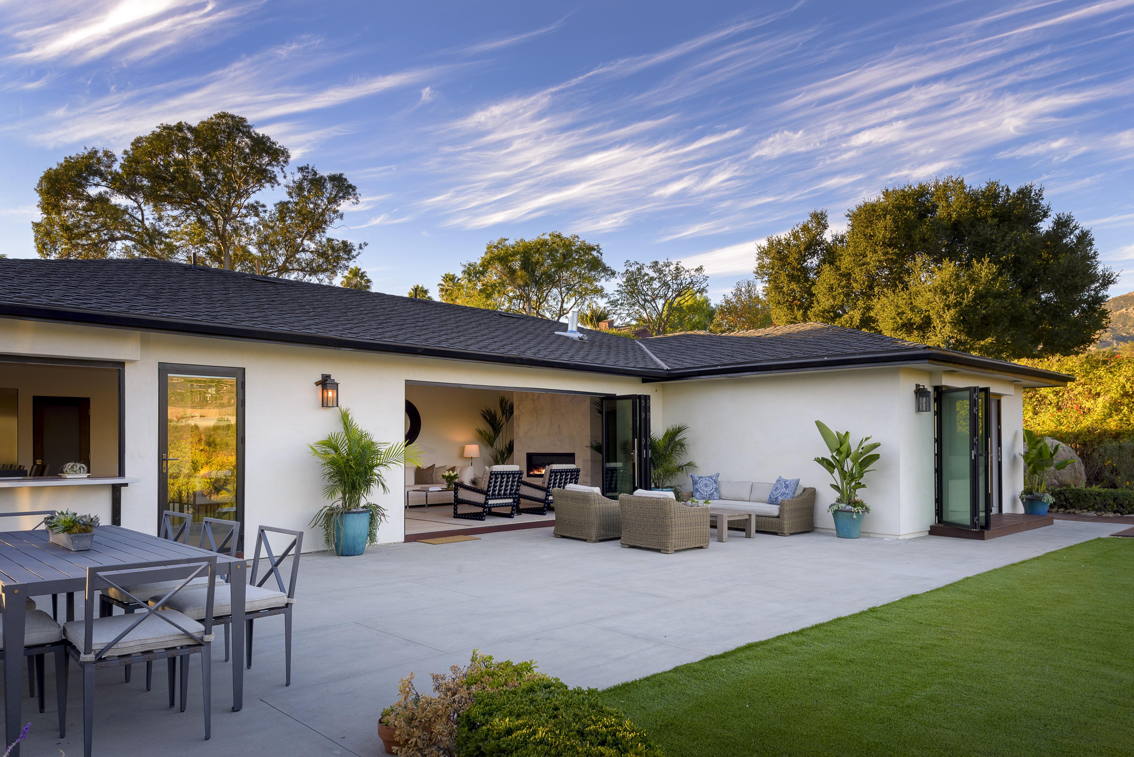 This Santa Barbara Stunner Is Nailing Indoor/Outdoor