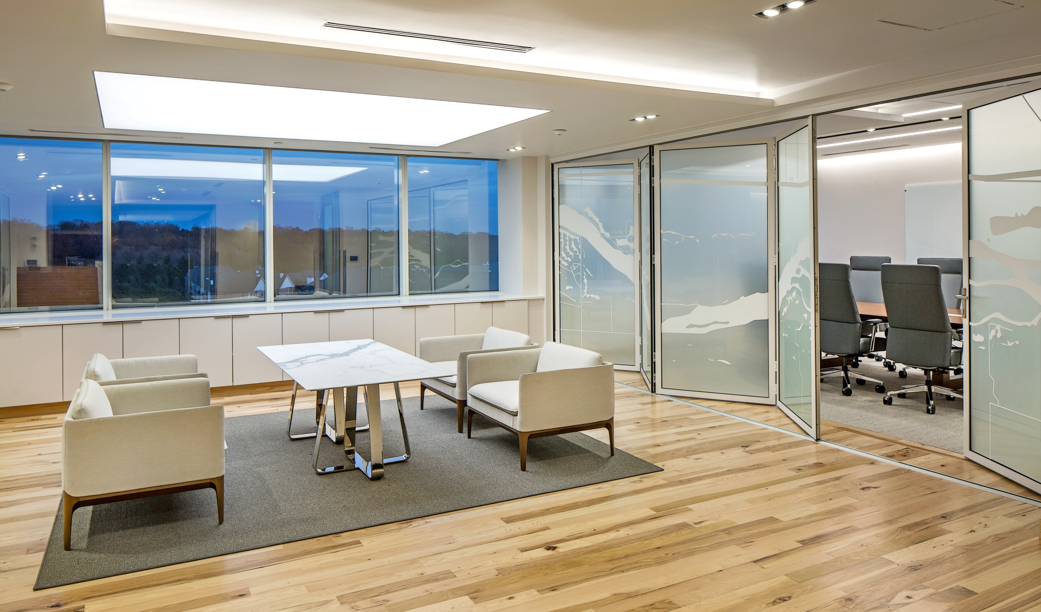 Feast Your Eyes: Opening Glass Walls with Art Glass | NanaWall