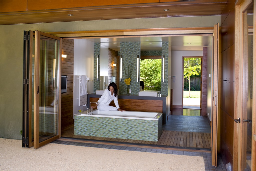 Master Bathroom Designs 2016 master bathroom design and renovation trends continue for 2016