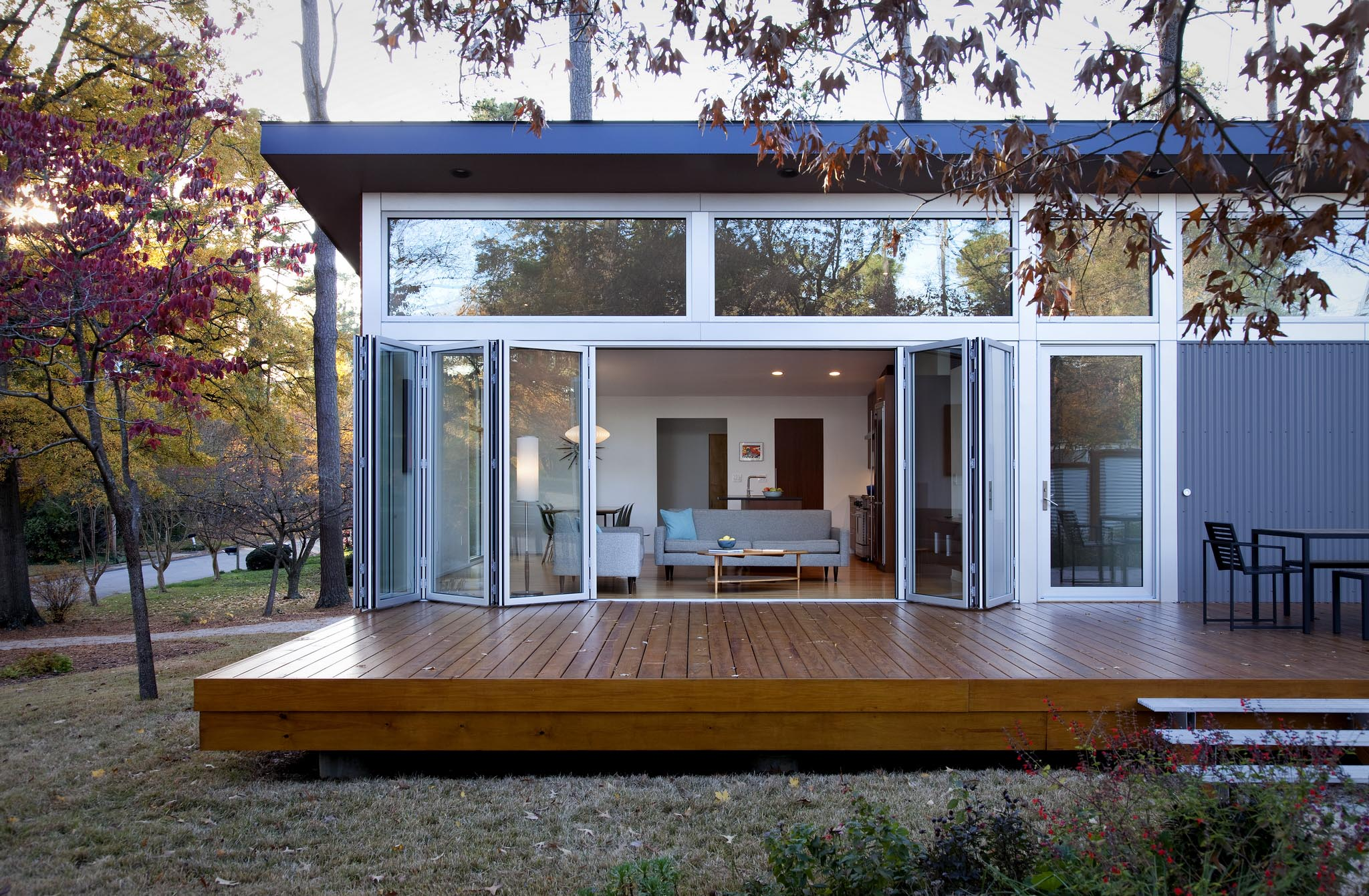 The big shrink nanawall for Large house windows for sale