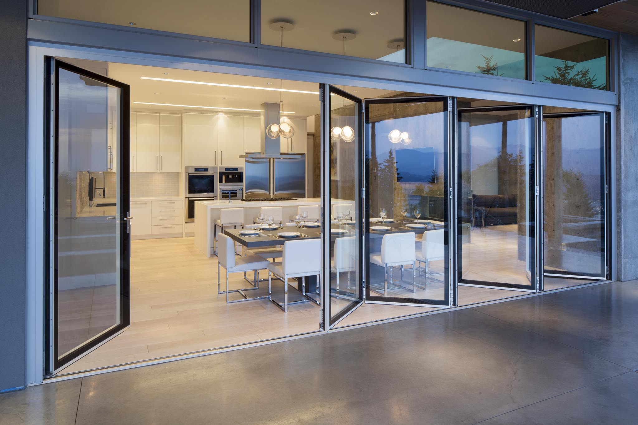 Burnaby residence nanawall for Glass walls