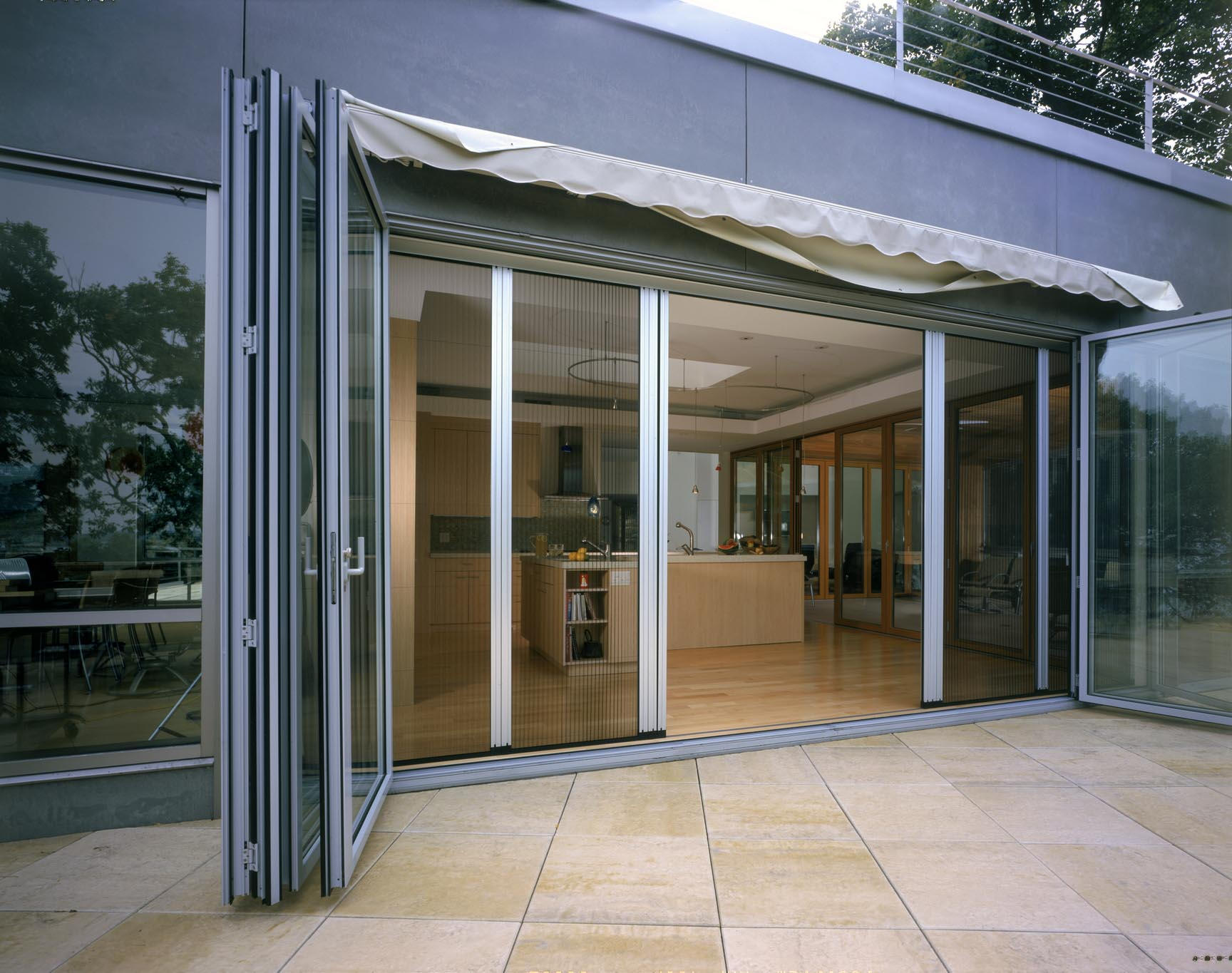 Wisconsin home all gallery nanawall operable glass for Exterior glass wall systems