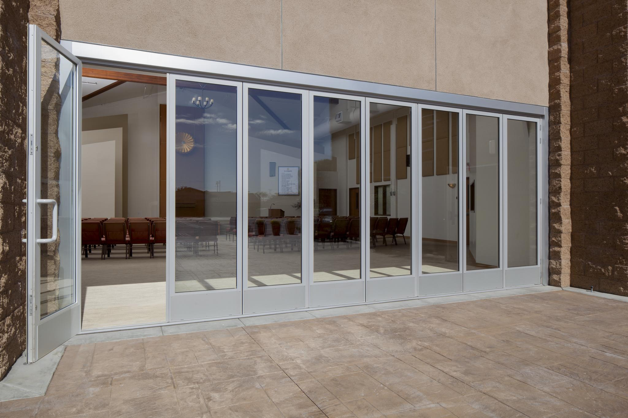 Church of perfect liberty gallery nanawall operable for Cost of nanawall systems